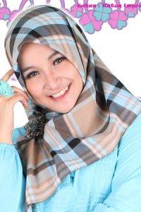 Clover Clothing Kerudung Jse Ellana - Baby Blue (Toko Jilbab dan Busana Muslimah Terbaru)