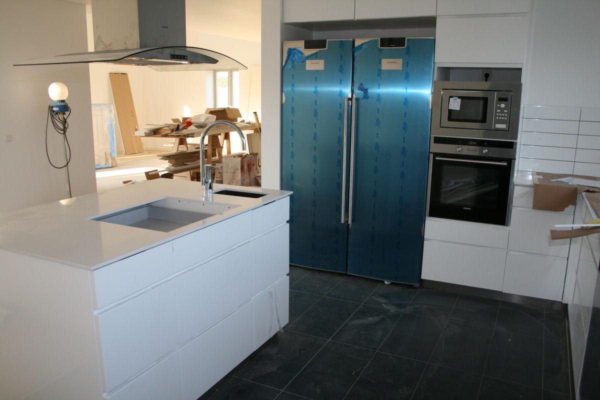 Helenas blogg: mer invändigt arbete i kök, badrum och sovrum