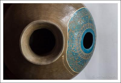 Anatiri cer mica barro sonoro udus tambores for Tambores para agua