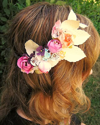 http://www.noknowsweddings.com/diy-wedding-accessories-vintage-floral-crown/