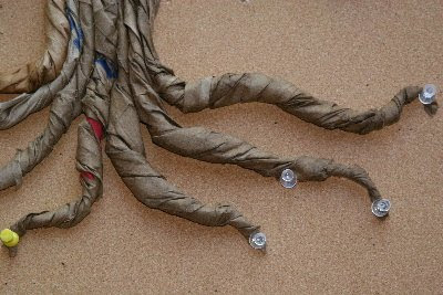 how to make a paper tree trunk