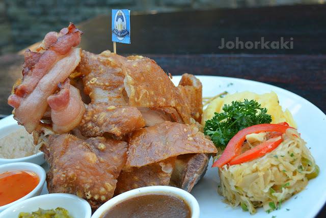 Pork-Knuckles-Bierhaus-Johor- Bahru