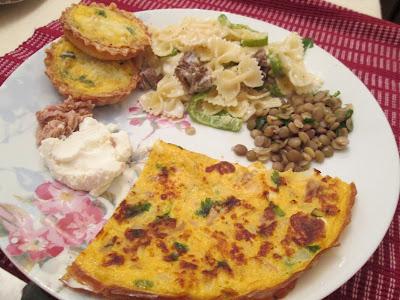 brunch, apéritif, farfalle, poivron, viande, plat, barquette, recette ricotta, lentilles, persil, omelette, macaroni, thon,