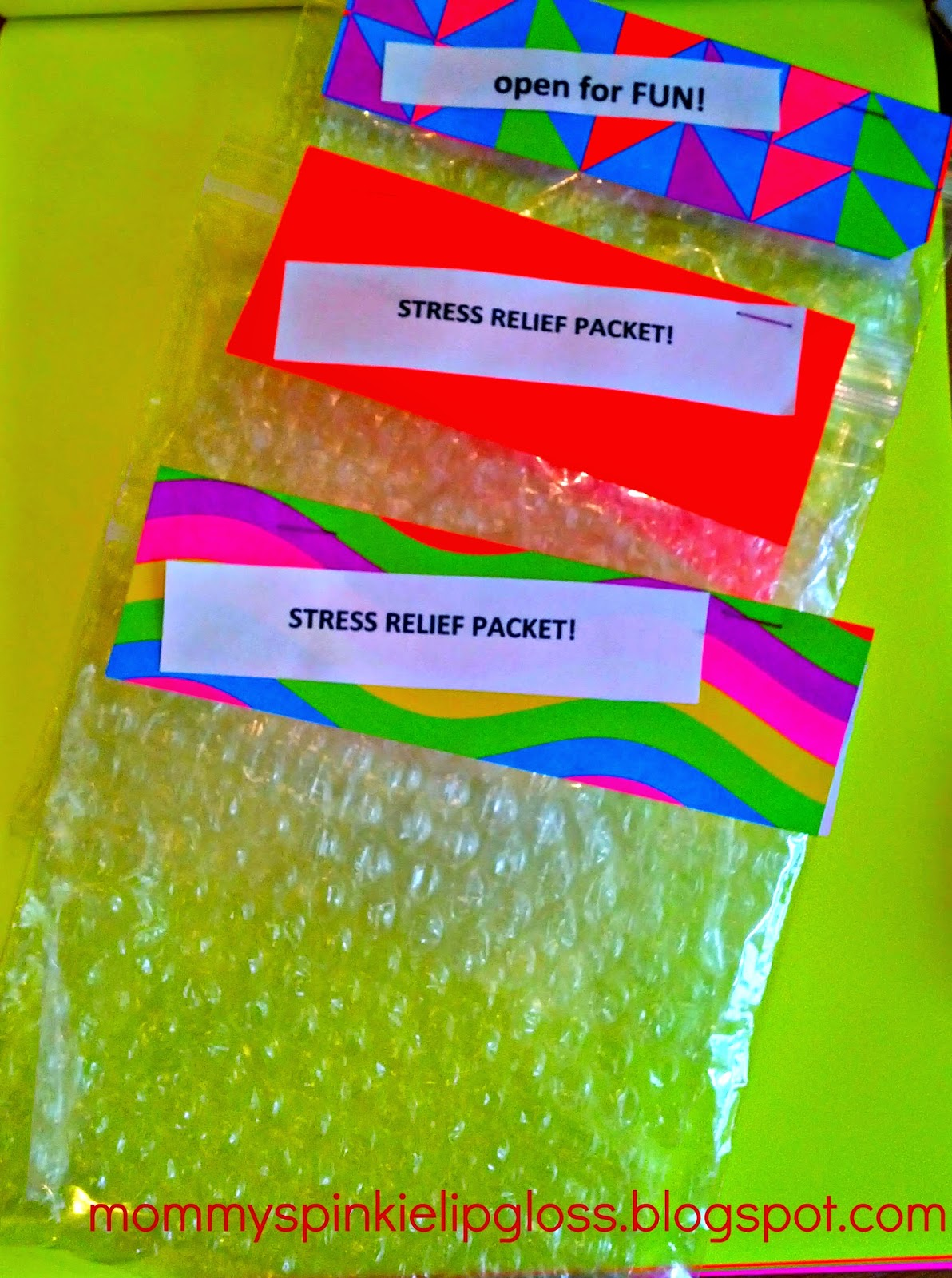 bubble wrap crafts stress relief ideas from MommysPinkieLipgloss.blogspot.com