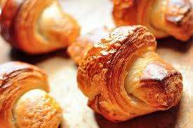 كرواسون - كرواسون بسيط - كرواسون للشيف خالد على بالتفاصيل والصور- كرواسون هش - كرواسون بالشيكولاته - عجينة الكرواسون خطوة بخطوة Croissant- Croissant recipe