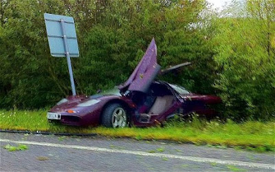 Mclaren F1 Crash Mr Bean