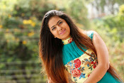 Avika Gor New Cute Stills-thumbnail-15