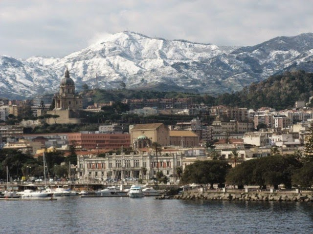 A MESSINA SCUOLA E UNIVERSITA' CHIUSE PER NEVICATE A BASSA QUOTA
