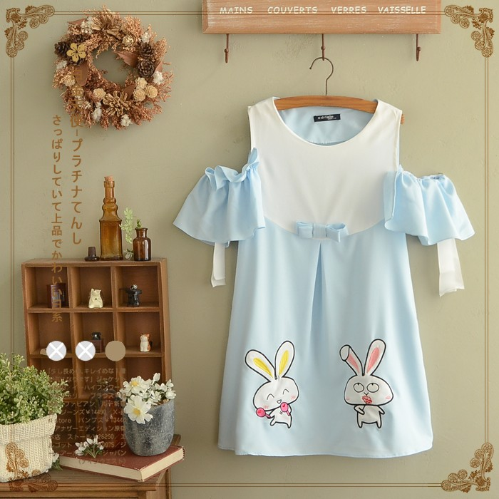 váy thêu hai chú thỏ