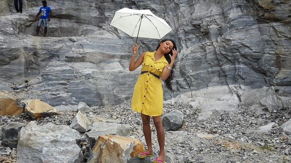 Dinakshie Priyasad big sister
