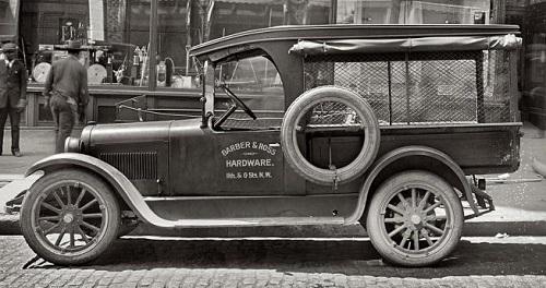 DODGE TRUCK ( BARBER & ROSS ) - 1926