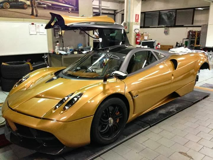 Prototype 0: Pagani Huayra Gold Edition Revealed