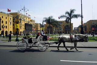 view of-family-vacation-lima-tour