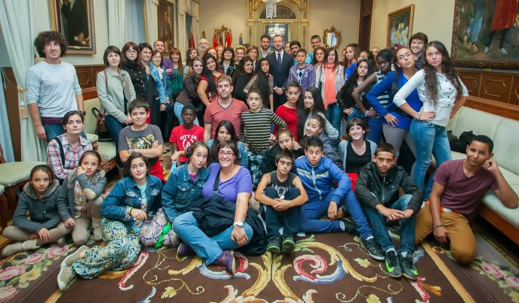 Alumnos en Salon del Ayuntamiento