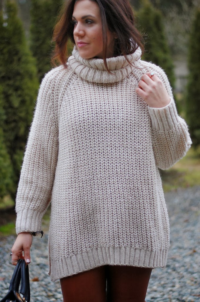 Keeping cozy: H&M chunky turtleneck sweater and J Brand leather ...