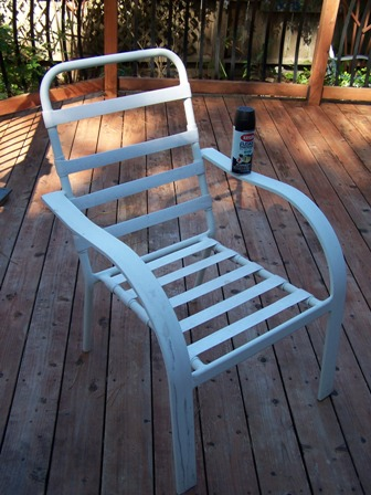 Trend The OLD WHITE CHAIR KRYLON FUSION TO THE RESCUE