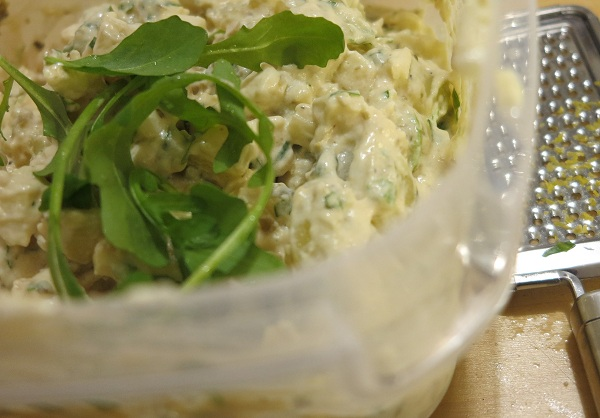 perunasalaatti rucola sitruuna