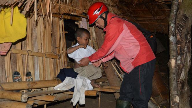 Gia Lai: Nửa đêm đưa học sinh đến trường