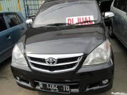 Jual Mobil Bekas Toyota Avanza