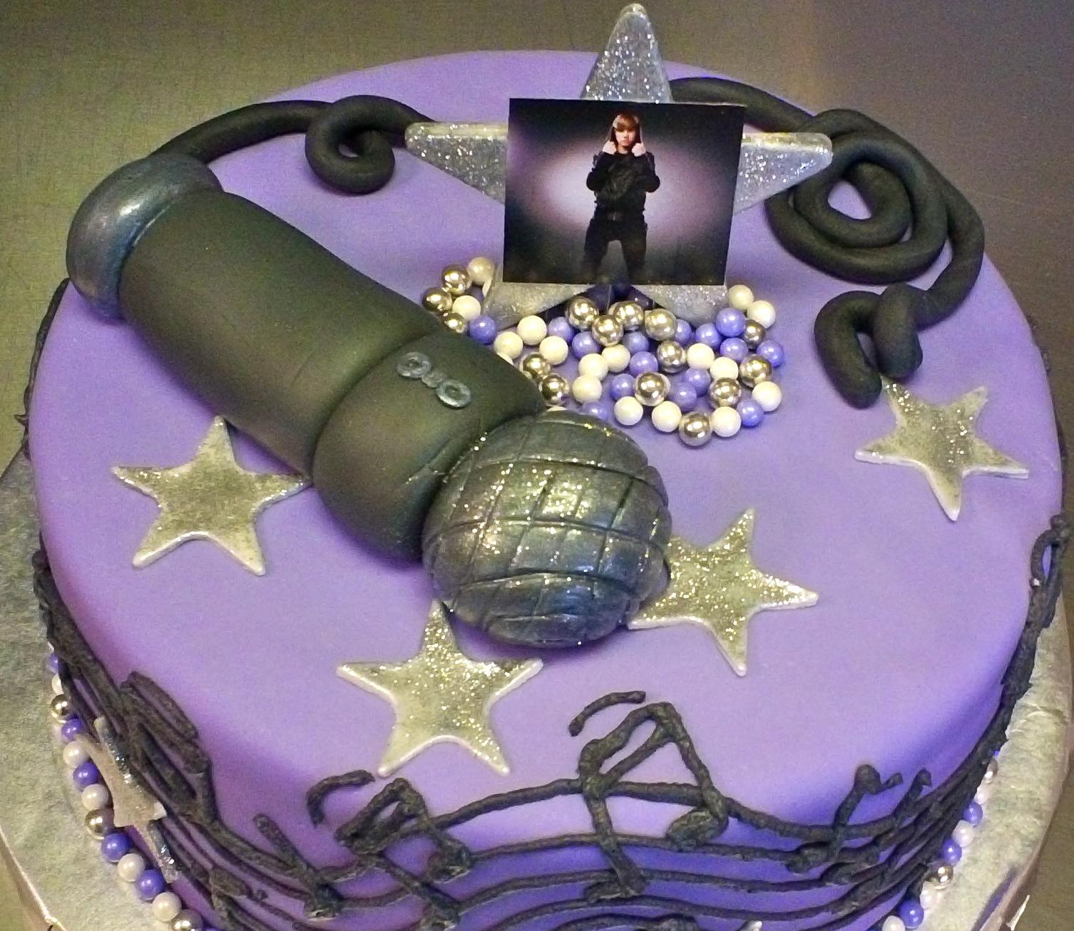 Debbies Little Cakes Bieber Fever