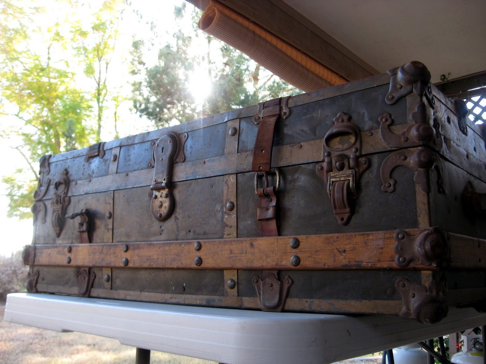 Eagle Lock Company Trunk http://bettesbungalow.blogspot.com/2012/01/trunkin-it-1800s-style.html
