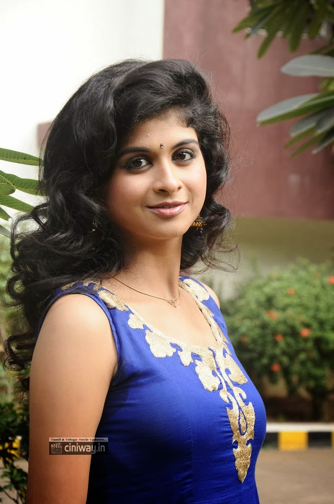 Actress-Mridula-Bhaskar-New-Stills