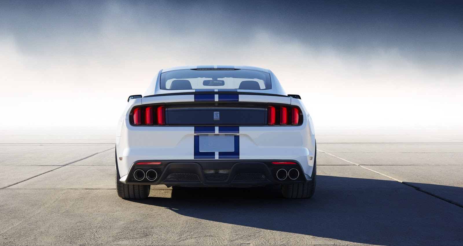 New-Ford-Mustang-Shelby-GT350-36.jpg