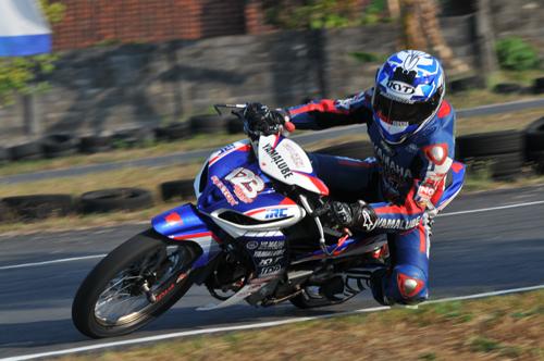 Kualifikasi Kejurnas Balap Motor Underbone Seri 4 - OMR Yamaha Kah?