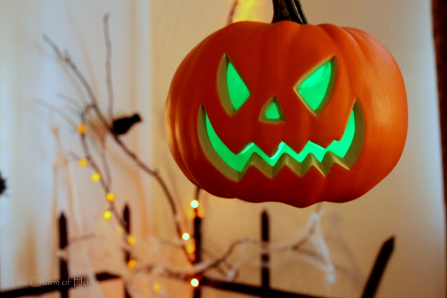 inexpensive diy halloween decorations - Plastic Pumpkins