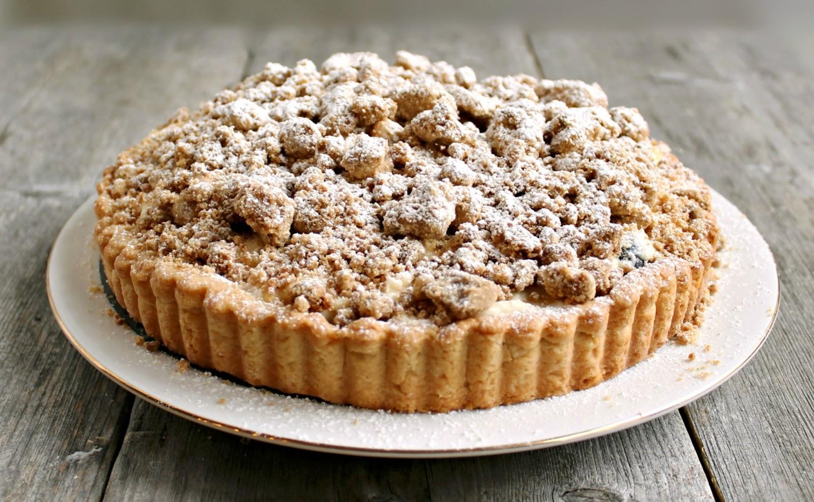 Hungry Couple: Berry Cheesecake Crumb Tart