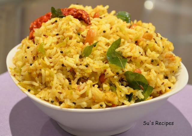 Raw mango rice, manga sadam, madikaaya pulihora, mavidikaaya chitrannam, mavidikaaya annam, mavinakaayi chitranna, mango rice, chitranna, lunch box rice