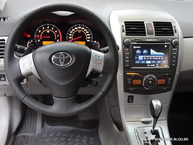 Corolla XEi 2013 2.0 Flex Automático - interior