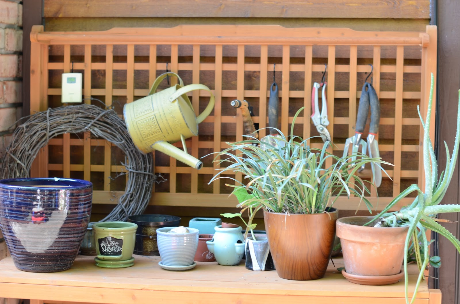 Merry Garden potting station