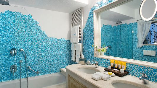 Style legends hotel romazzino porto cervo costa smeralda for Arredi costa smeralda