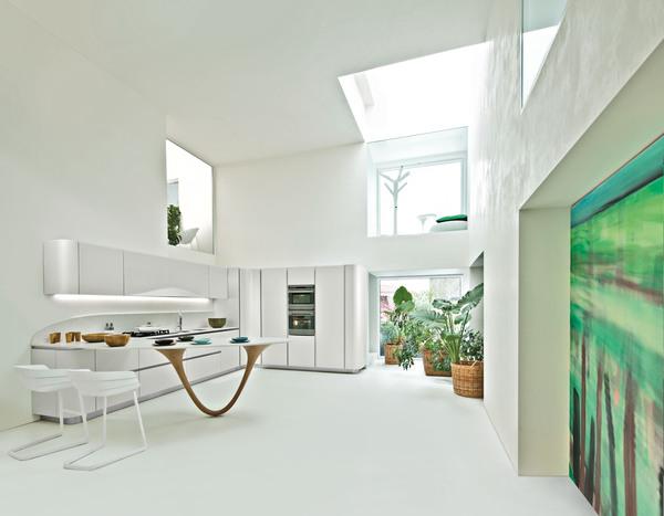 Pent hus moderne luftig kj kken cult classic kitchen for Hacker kitchen designs
