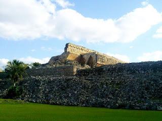 Kabah Ruinas Ruta Puuc Yucatan Mexico