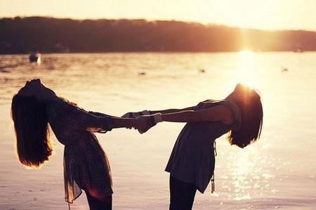 تعرف على شخصية صديقك من خلال برجه الفلكى - الصديق الحقيقى الصداقة - friend - friendship