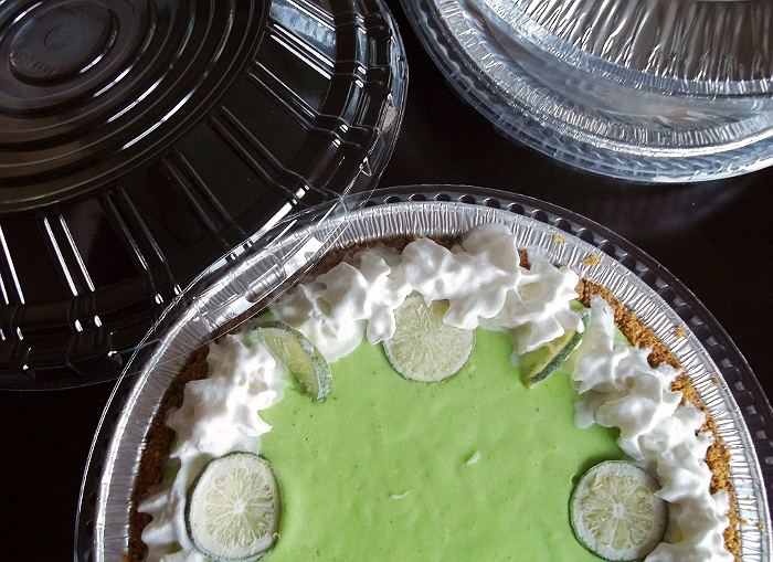 Handi-Foil Pie Pan and Lid Sets Pie Showdown Key Lime Pie
