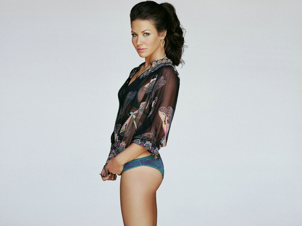 Hot evangeline lilly s wallpapers world amazing wallpapers hot