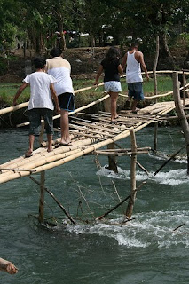 Picture of a rickety scary looking bridge in the Philippines, by Raelene Gutierrez - view her flickr stream here!