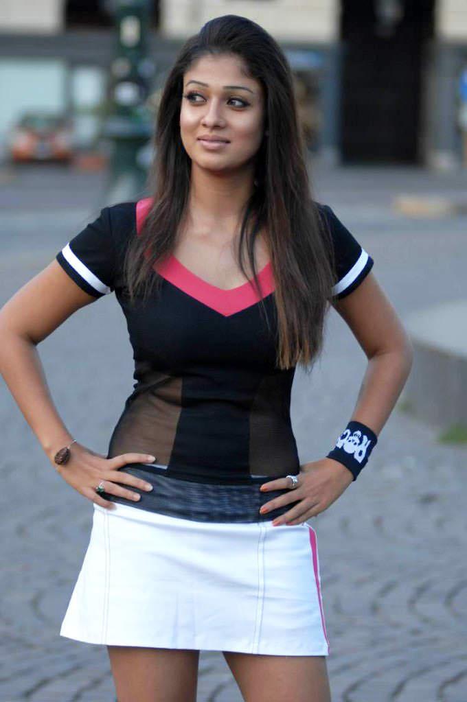 nayanthara thighs photos