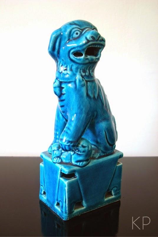 Figuras porcelana china, perros foo, dragones y leones azules.