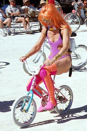Ljepotice i bicikli 19990903-BM-GirlOnBike