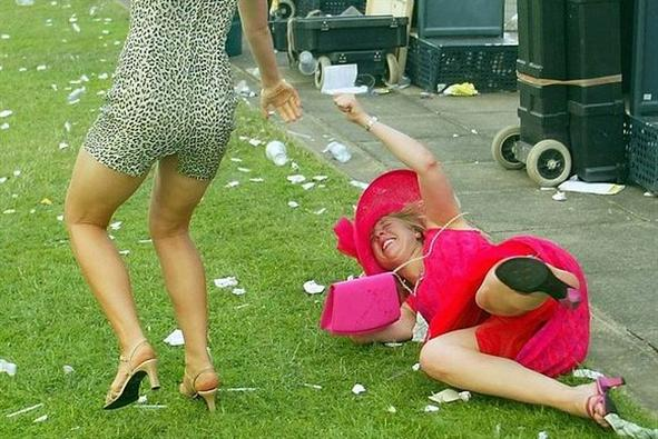 Stacey's Guide to staying Trash Bag free at the Races. - Thinkergirl