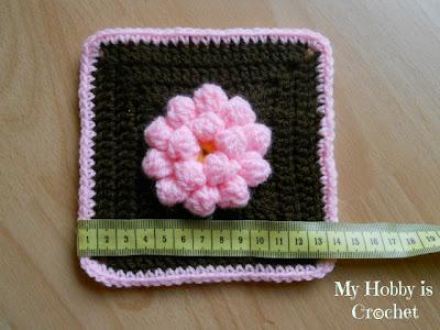 dahlia flower granny square