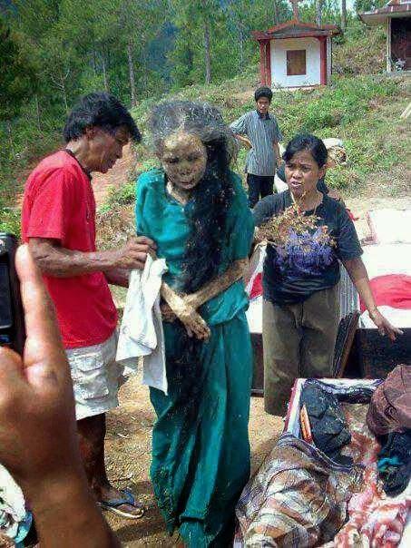 Ritual Mayat Berjalan di Tanah Toraja