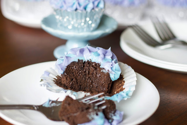 wrestled a cupcake once: Chocolate Quinoa Cupcakes {Gluten-Free}