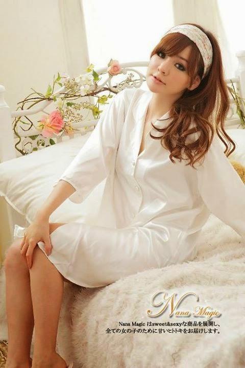 baju tidur warna putih bersih