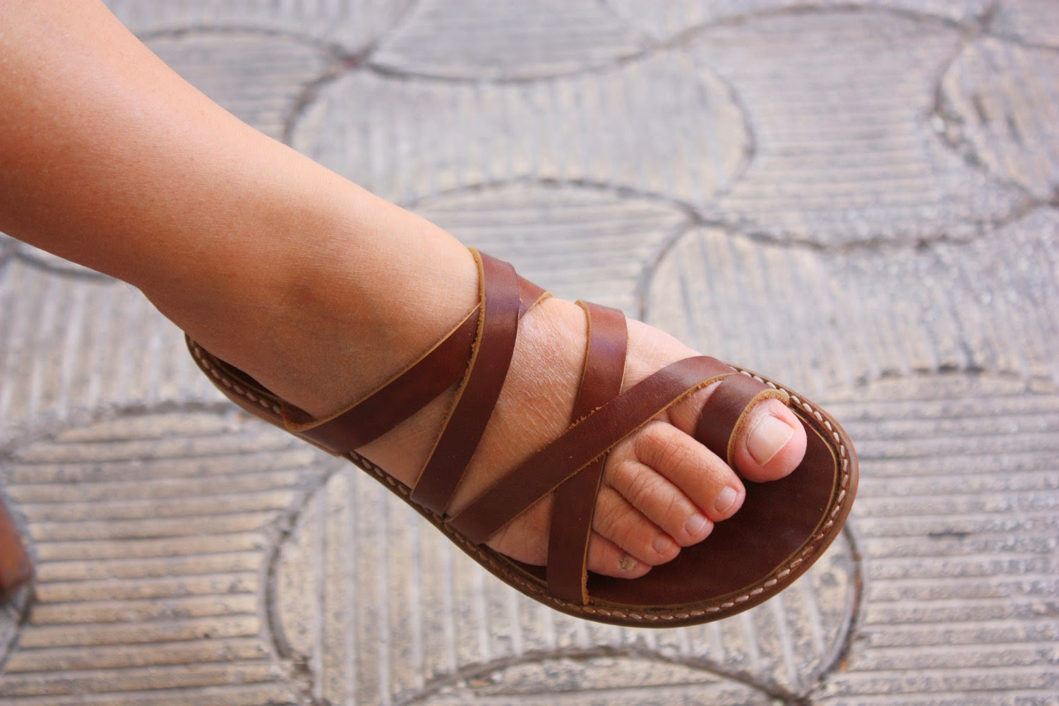 Leather sandals - Fashion of Indian.jpg