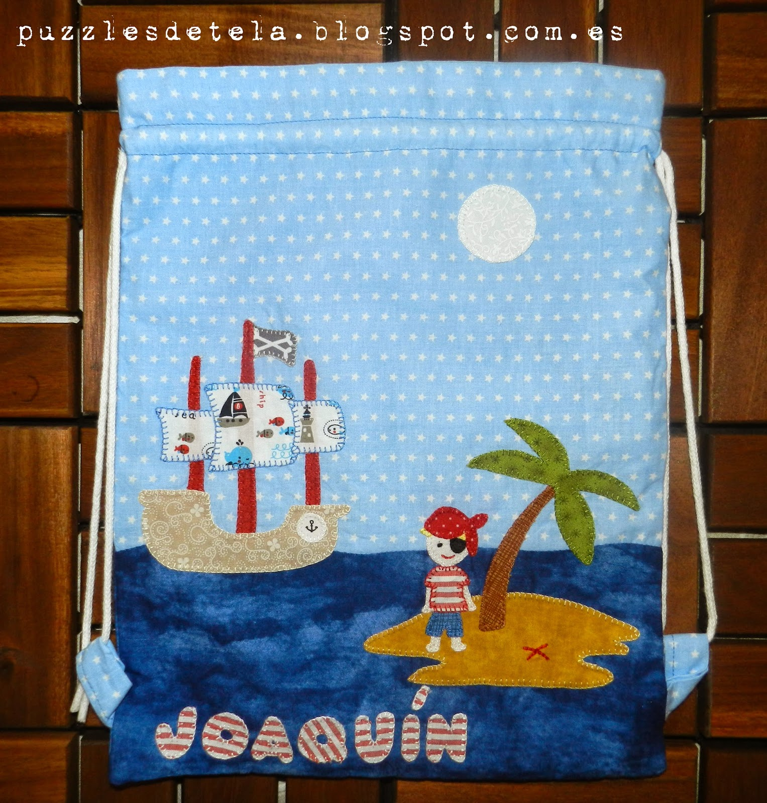 Mochila patchwork, mochilas patchwork piratas, piratas patchwork, patchwork, mochila, bolsa de almuerzo, bolsa de almuerzo patchwork, bolsa de merienda, bolsa de merienda patchwork, barco pirata patchwork, pirata patchwork, isla del tesoro, barco pirata